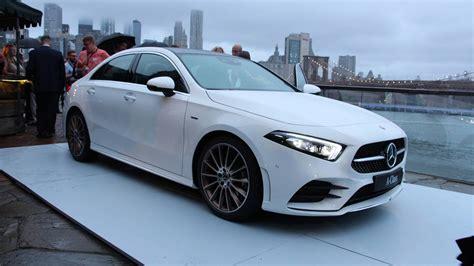 Scopri subito migliaia di annunci di privati e aziende e trova quello che cerchi su subito.it. 2019 Mercedes A-Class Sedan Blends Sleek Styling With Lots Of Tech