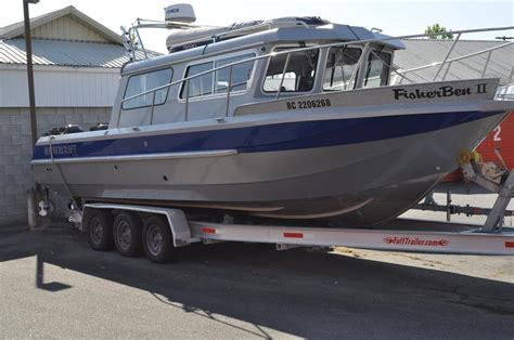 Kingfisher Boats Calgary by 28 Kingfisher 2825 Pilothouse By Harbercraft In Pristine