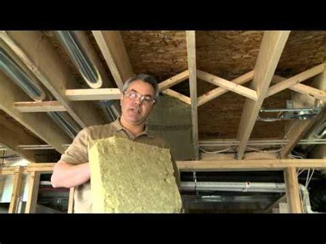 comment insonoriser une chambre comment insonoriser les plafonds entre les étages by roxul