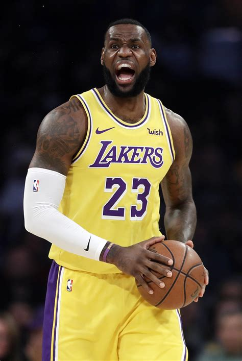 lebron rallies lakers    victory  rockets