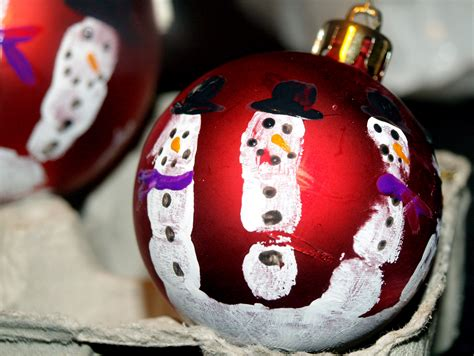 Hand-print Snowman Christmas Ornaments Christmas Centerpiece Ideas Cheap Gifts Handmade Crafts Country To Make Family Fun Magazine Easy Kids Ornaments And Primitive Craft
