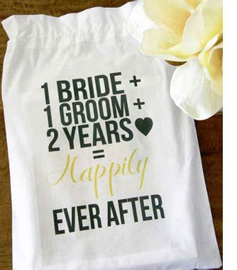 second wedding anniversary gift 2nd wedding anniversary gift ideas for your