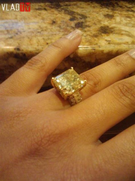 photographs of floyd mayweather s fiance the ring