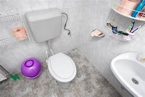 Spülkasten Läuft Ständig : wc sp lkasten reparieren so geht 39 s in 6 schritten ~ Buech-reservation.com Haus und Dekorationen