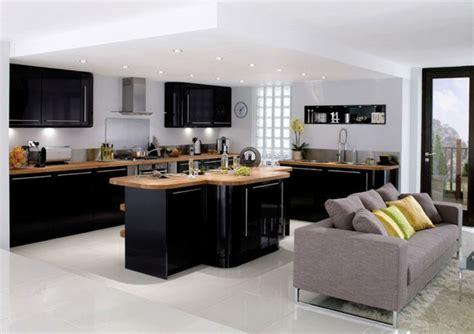 plan ilot central cuisine cuisine et bois avec ilot revetement en bois ideeco