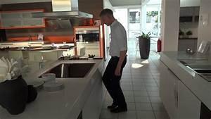 Moderne Küche Mit Insel : moderne k che mit insel in icy white matt modell 2062 youtube ~ Orissabook.com Haus und Dekorationen