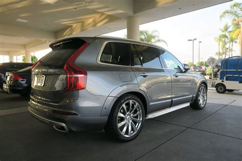 drive  volvo xc  awd inscription youwheel