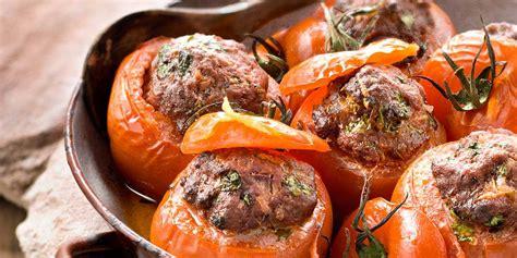 comment cuisiner un steak haché tomates farcies au boeuf haché facile et pas cher