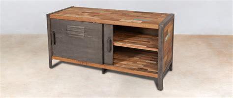 bureau m騁al et bois 111 meuble tv en bois recycle buffet meuble tv bois recycl roulettes 4 portes meuble tv 3 tiroirs industriel fer d poli et lattes de meuble tv