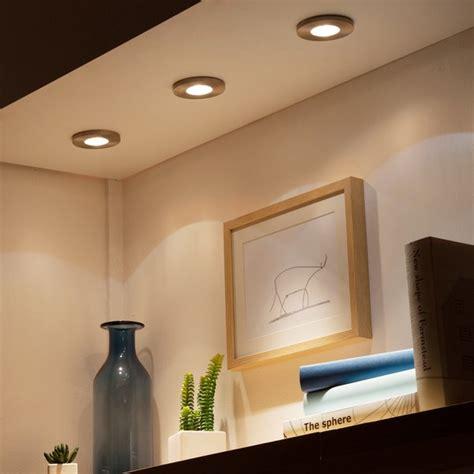 installer un spot au plafond installer des spots encastr 233 s au plafond renovationmaison fr