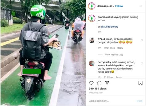 viral penumpang ojol nyeker sambil tenteng sneakers air