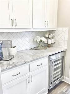 Small kitchen tile backsplash white ideas pictures for Small white tile backsplash