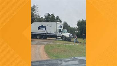 Truck Delivery Lowe Georgetown Kvue Lowes Cbs8