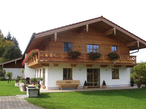 Holzhaus Bernloh  Zimmerei Gartmeier