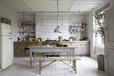 cuisine bois peint deco cuisine blanc gris idée de modèle de cuisine
