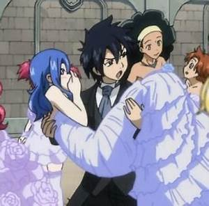 This picture is real,OMG! Grey and Lyon were fighting over ...