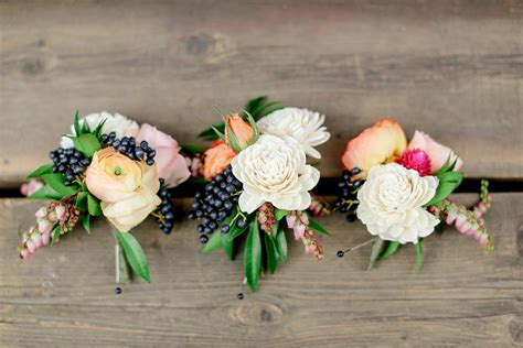 Check spelling or type a new query. Berry Boutonniere   Wedding flowers, Raspberry wedding ...