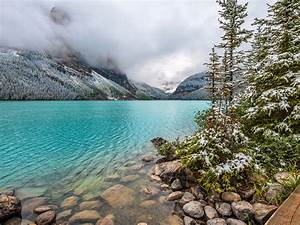 Lake Louise Canada Turquoise Lake Water Snow Mountains Fog