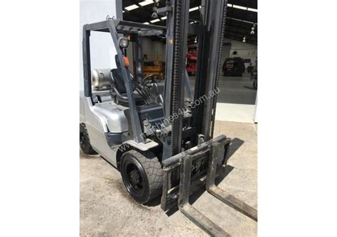 nissan series counterbalance forklift