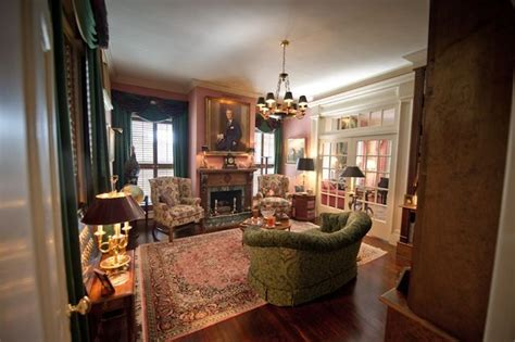 historic home interiors pin by connie shrum on plantation interiors