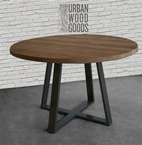 circle farmhouse table farmhouse table dining table in reclaimed wood and 2210