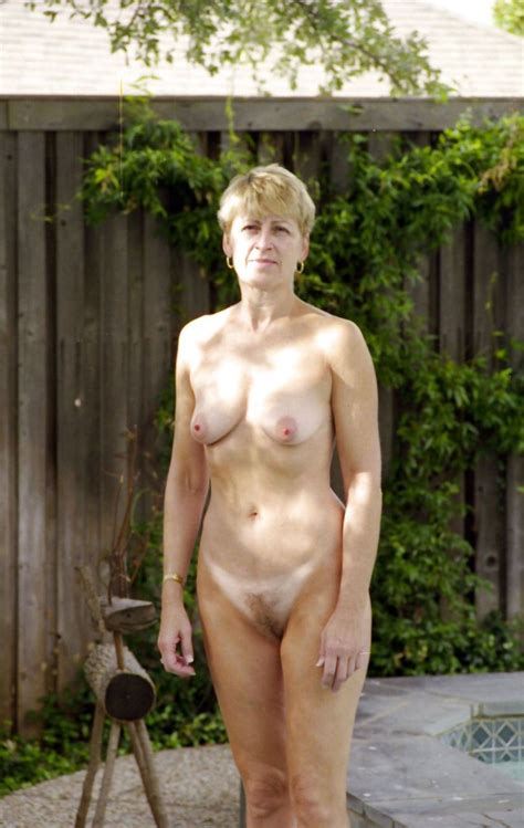 Pictures Of Older Nude Women Image 80407