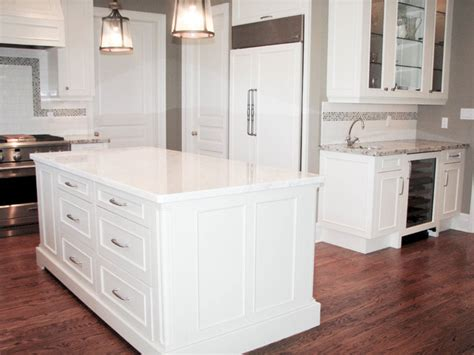 kitchen islands for cricket hollow road kitchen traditional kitchen 5255