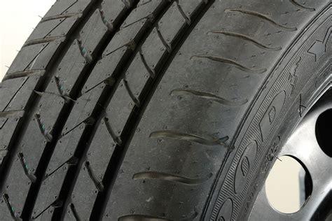 goodyear efficientgrip tyre test  auto express