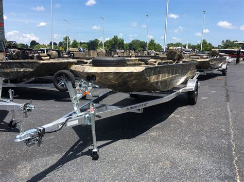 Excel Mud Boats by The Gallery For Gt Excel Boats With Mud Buddy