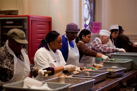Jersey City Soup Kitchen by Volunteer At Nyc S Holy Apostles Soup Kitchen Holy
