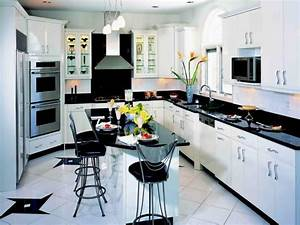 Black and white kitchen decor derektime design black for Kitchen colors with white cabinets with flower pictures wall art