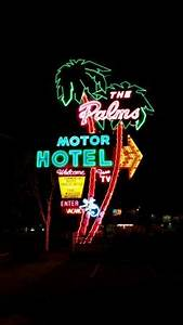 Image Gallery neon signs motel