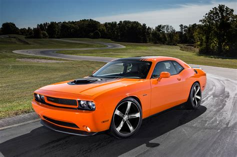 Dodge Car : 2014 Dodge Mopar Edition Challenger