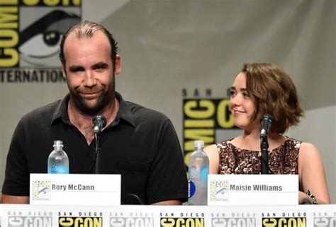 actor rose game of thrones crossword comic con 2014 game of thrones cast revealed for season