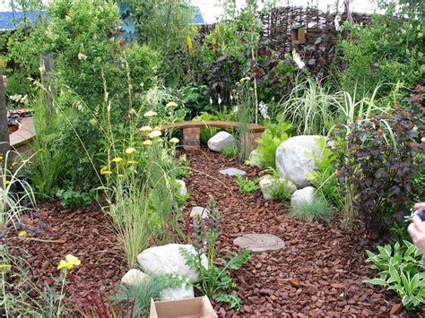 Gartenideen Für Schmale Gärten by Gartenideen