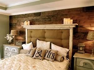 Best 25+ Plank wall bedroom ideas on Pinterest Diy wood