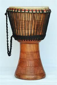 Djembé Pas Cher : djembe 3421 vente de djemb pas cher grand djemb du ghana ~ Teatrodelosmanantiales.com Idées de Décoration