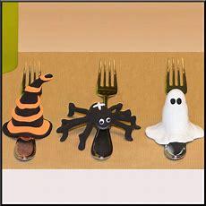 Bastelidee Halloween Tischdeko Modellieren Kostenlose