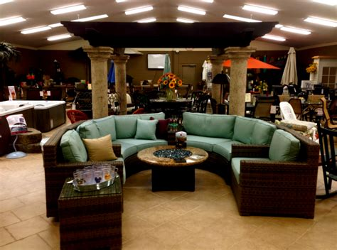 outdoor patio furniture showroom cleveland ohio