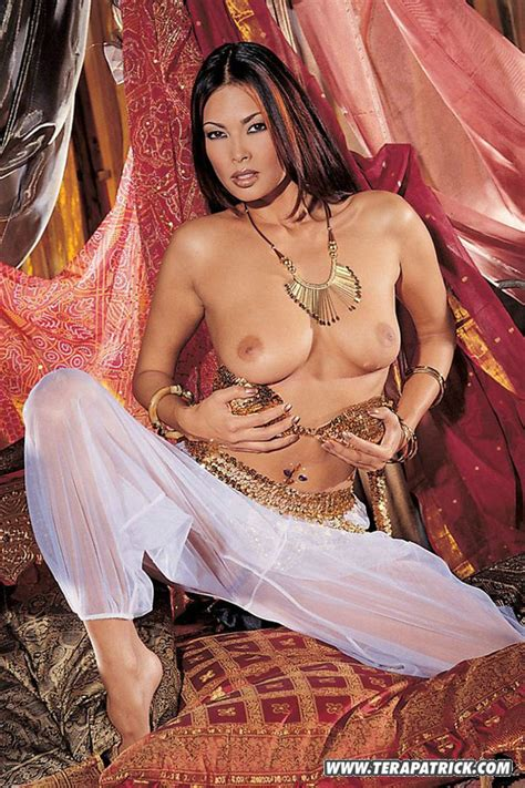 Hot Asian Chick Tera Patrick Slips A Sex Toy Into Her