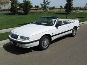 Chrysler Le Baron Cabriolet : purchase used 1993 chrysler lebaron convertible white mint mint in patterson california united ~ Medecine-chirurgie-esthetiques.com Avis de Voitures