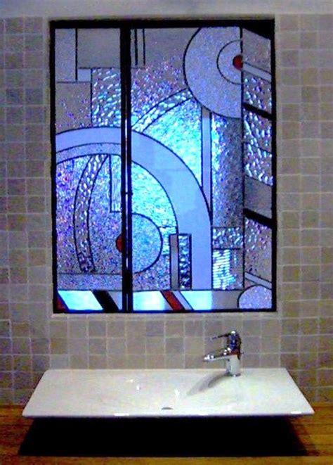 verre fenetre salle de bain vitrail de bi 232 vre cr 233 ation restauration vitraux en verre de just et gobain