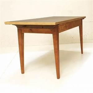Linoleum Für Tischplatte : biedermeier tisch mit schwarzem linoleum m bel z rich vintagem bel ~ Markanthonyermac.com Haus und Dekorationen