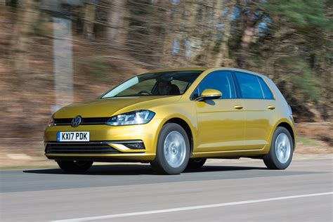 Golf Reviews by Volkswagen Golf Review Auto Express