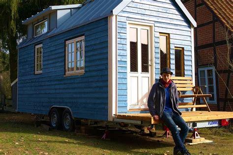 Tiny Häuser Auf Räder by Kleines Haus Gro 223 E Freiheit Wohnen Auf R 228 Dern Der