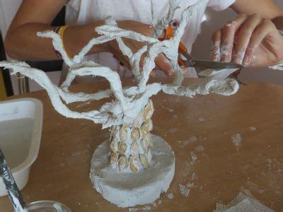 sculpter avec des bandes platrees atelier dart plastique