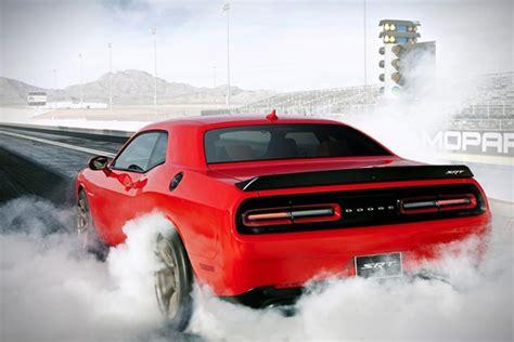 2015 Dodge Challenger Srt Hellcat Runs 10-second 1/4 Mile