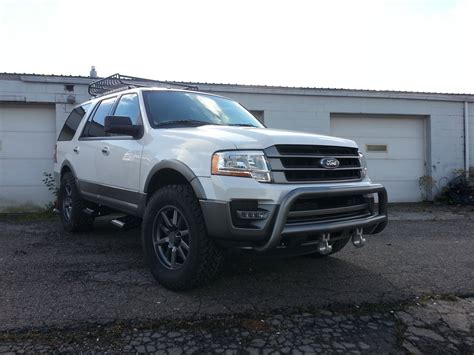 Ford Expedition Road by 2015 Ford Expedition Suvs Pimped For Sema Carscoops