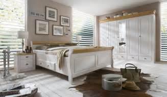 schlafzimmer landhausstil lila funvit wohnzimmer schwarz weiß einrichten