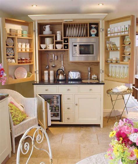 Einrichtung Kleiner Kuechesmall Kitchen Design Kitchen Small Kitchen by Eight Great Ideas For A Small Kitchen Interior Design
